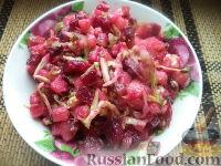 Фото к рецепту: Винегрет со свежей капустой