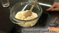 """Фото приготовления рецепта: Конфеты """"Птичье молоко"""" - шаг №3"""