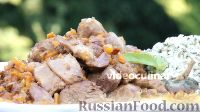 Фото к рецепту: Баранина, тушенная с луком и морковью
