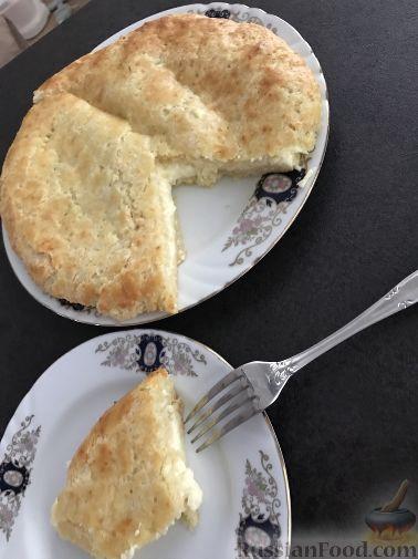 Фото приготовления рецепта: Яблочно-сливовый крамбл с овсяными хлопьями - шаг №9