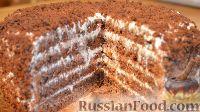 Фото к рецепту: Бисквит «Шоколад на кипятке» со сметанным кремом