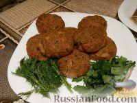 Фото к рецепту: Рубленый бифштекс из соевого мяса