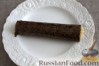 Фото приготовления рецепта: Роллы с горбушей и омлетом - шаг №8