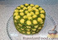 """Фото к рецепту: Бисквитный торт """"Весенняя поляна"""""""