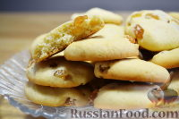 Фото к рецепту: Печенье с изюмом