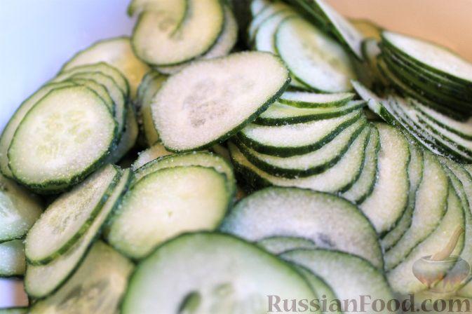 Фото приготовления рецепта: Японский салат из огурцов - шаг №5