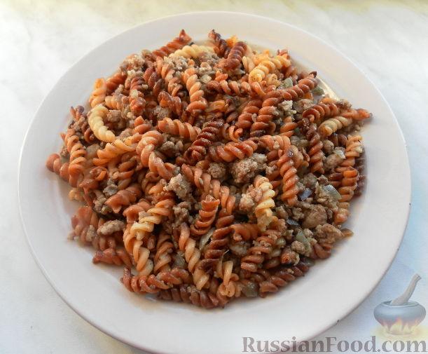 Рецепт Золотистая паста Фузилли с мясным фаршем