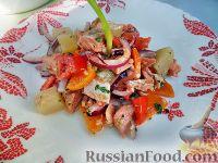 Фото к рецепту: Салат из рыбы с овощами