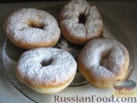Фото к рецепту: Постные дрожжевые пончики