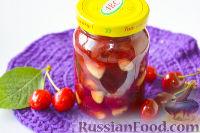Фото к рецепту: Варенье из черешни с миндалем