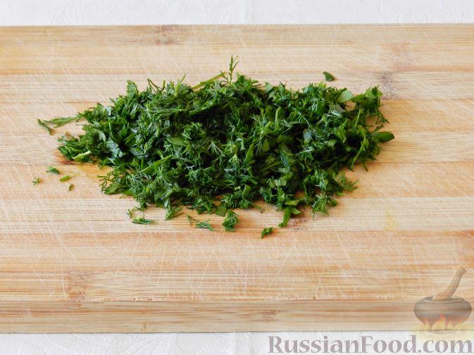 Фото приготовления рецепта: Жареная куриная печень с чесночно-соевым соусом - шаг №1