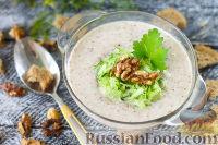 Фото к рецепту: Таратор (болгарский холодный суп)