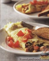 Фото к рецепту: Омлет с мясным фаршем и овощами