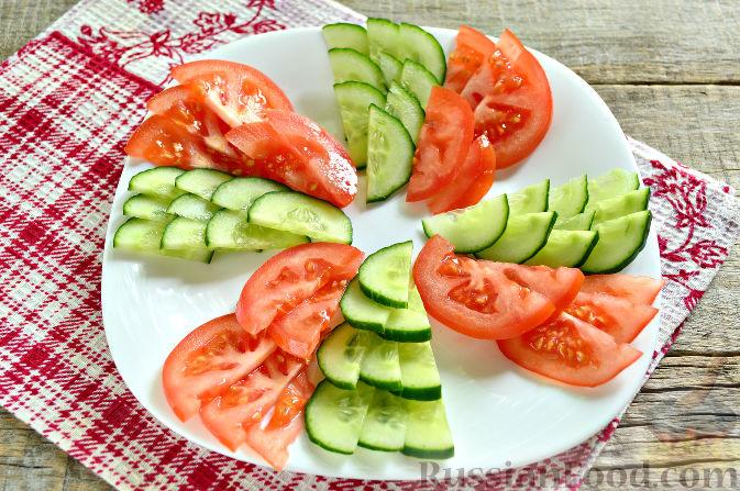 Фото приготовления рецепта: Праздничный салат с курицей - шаг №6