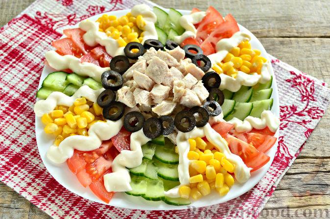 Фото приготовления рецепта: Праздничный салат с курицей - шаг №10