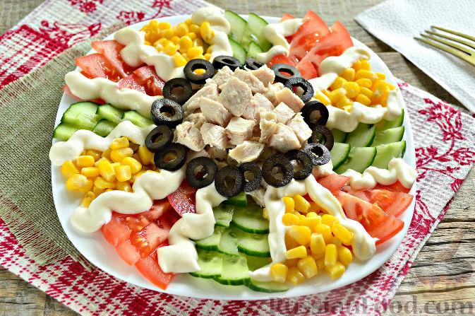 Фото приготовления рецепта: Праздничный салат с курицей - шаг №11