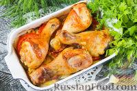 Фото к рецепту: Куриные голени, запеченные с картофелем