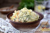Фото к рецепту: Оливье с жареными грибами