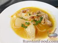 Фото к рецепту: Суп из мяса кролика с макаронными изделиями