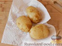 Фото приготовления рецепта: Запеченный картофель, фаршированный сыром фета - шаг №2