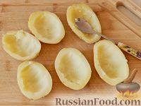 Фото приготовления рецепта: Запеченный картофель, фаршированный сыром фета - шаг №3