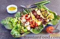 Фото к рецепту: Кобб-салат с куриной грудкой