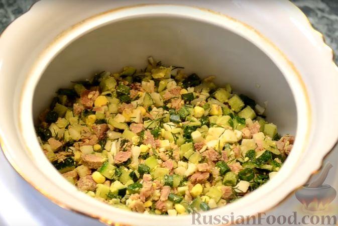 Фото приготовления рецепта: Фаршированные яйца с гречнево-грибной начинкой - шаг №16