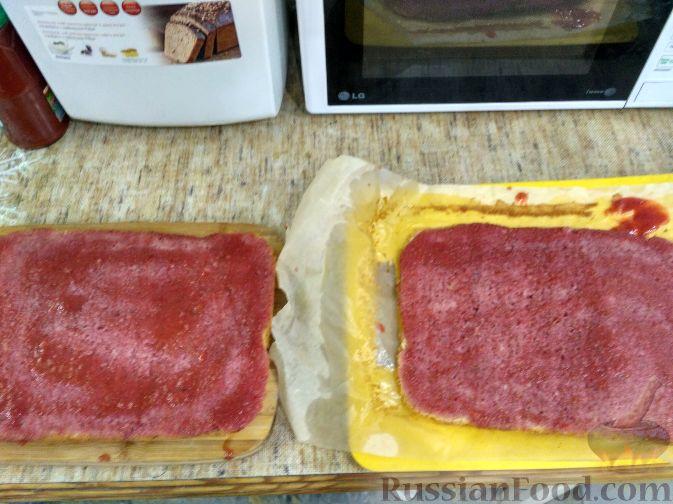 """Фото приготовления рецепта: Торт """"Клубничное безумие"""" - шаг №2"""