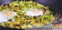 Фото к рецепту: Шакшука с брюссельской капустой