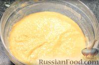 """Фото приготовления рецепта: Пирог """"Вишневый сад"""" с вишней - шаг №5"""