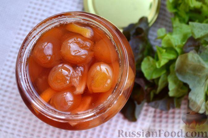Фото приготовления рецепта: Варенье из белой черешни, с лимоном - шаг №9