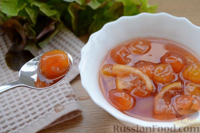 Фото приготовления рецепта: Варенье из белой черешни, с лимоном - шаг №10