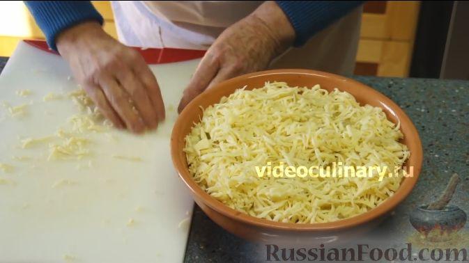 Фото приготовления рецепта: Цветная капуста с помидорами и сыром - шаг №9