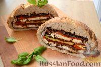 Фото к рецепту: Сэндвич Пан-банья (Pan bagnat) с ветчиной