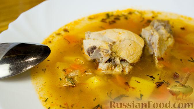 """Фото к рецепту: Пикантный суп с курицей """"А-ля харчо"""""""