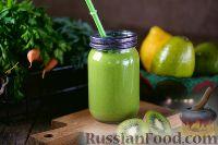 Фото к рецепту: Витаминный смузи из авокадо и шпината