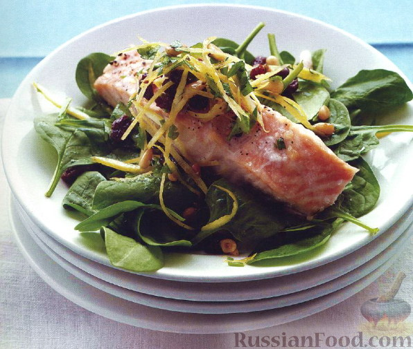Фото приготовления рецепта: Овощной слоеный салат со свёклой - шаг №6