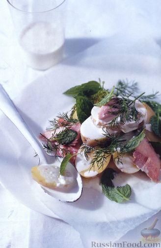 Рецепт Салат с копченой форелью, молодым картофелем и мятой