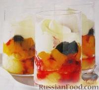 Фото к рецепту: Персиково-мускатная гранита с ежевикой