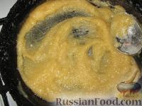 Фото приготовления рецепта: Мясная лазанья с грибами и соусом бешамель - шаг №3