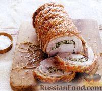 Фото к рецепту: Свиной рулет с рисом, шпинатом и базиликом