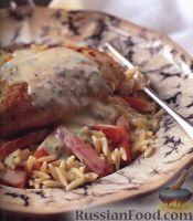 Фото к рецепту: Куриные грудки с орцо, морковью, укропом и соусом Авголемоно