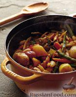 Фото к рецепту: Рагу по-фермерски с соусом песто