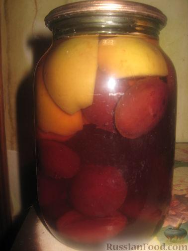 Рецепт Компот из слив и яблок на зиму