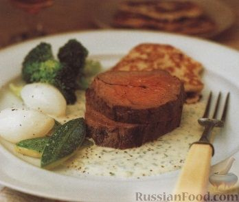 Рецепт Жареное говяжье филе с картофельными оладьями