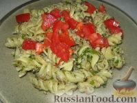 Фото к рецепту: Паста с овощами со сливочным соусом