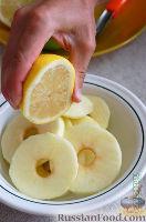 Фото приготовления рецепта: Оладушки с яблоками - шаг №10