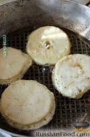Фото приготовления рецепта: Оладушки с яблоками - шаг №13