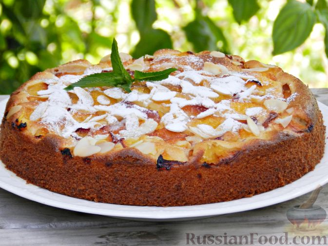 Фото приготовления рецепта: Творожный пирог с нектаринами - шаг №14