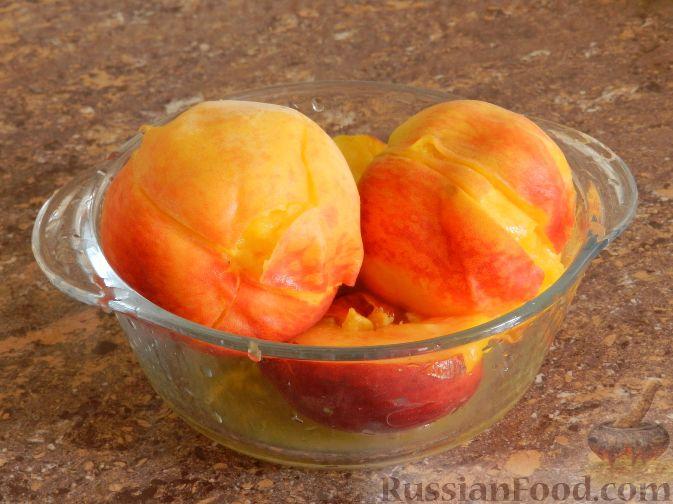 Фото приготовления рецепта: Торт-суфле с персиками - шаг №2